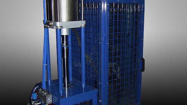 LPG Cylinder Bursting Machine