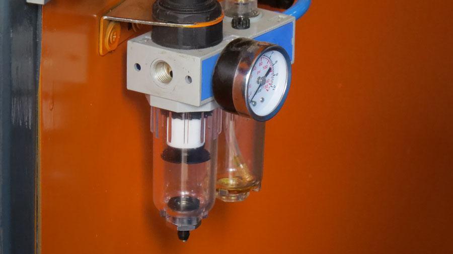 LPG Cylinder Automatic Welding Machine Regulator